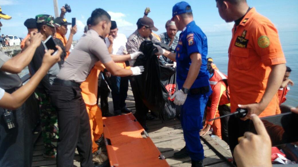Petugas temukan empat korban kapal tenggelam