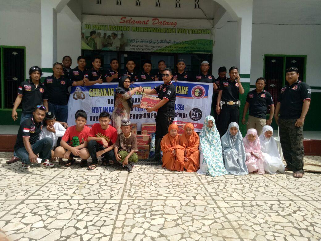 Alumni Dikmaba Polri 2002 menggelar anjangsana ke panti asuhan
